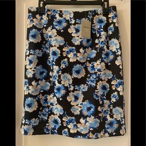 Carmen Marc Valvo Skirt NWT blue floral size 8 new